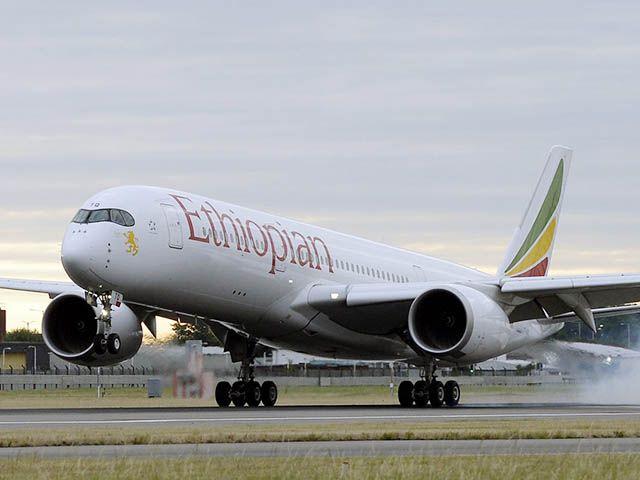 Ethiopian Airlines repart à Singapour, arrive à Victoria Falls