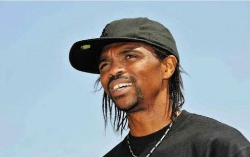 Nwankwo Kanu in trouble as court orders his accounts frozen over unpaid N924m loan - http://www.thelivefeeds.com/nwankwo-kanu-in-trouble-as-court-orders-his-accounts-frozen-over-unpaid-n924m-loan/