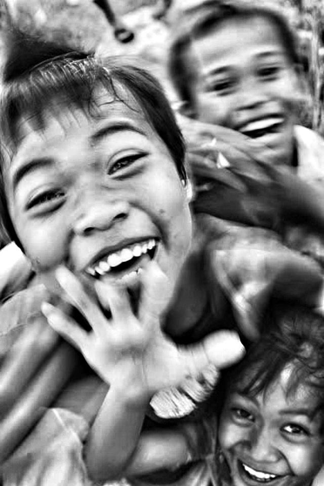 Smile-cerita lensa
