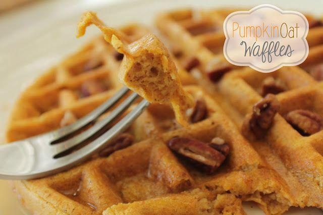Gluten Free Pumpkin Oat Waffles 21 Day Fix Approved #21DayFix #GlutenFree #Pumpkin