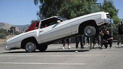 (2) hydraulic cars - YouTube