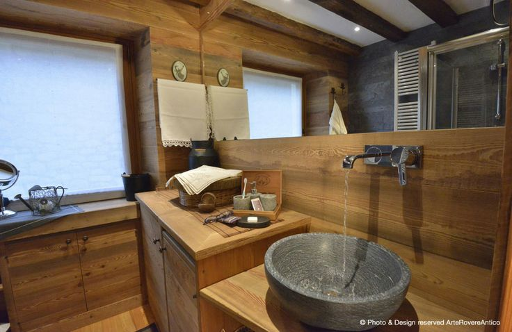 Wood & Stone Bathroom - Arte Rovere Antico || Photo by Duilio Beltramone for Sgsm.it ||