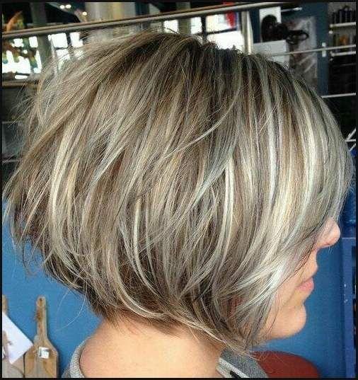 Die Besten 25 Bob Frisur Hinten Angeschnitten Ideen Auf Pinterest Einfache Frisuren Stacked Hairstyles Hair Styles Short Hair Styles