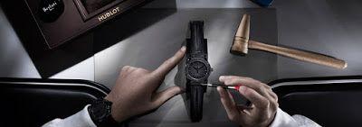 UNIVERSO PARALLELO: L'alta orologeria incontra il cuoio per un oggetto...