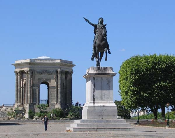 Things to Do in Montpellier  Find Super Cheap International Flights to Marseile, France ✈✈✈ https://thedecisionmoment.com/cheap-flights-to-europe-france-marseille/