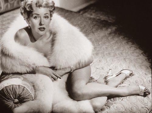 Vintage Glamour Girls: Marie McDonald
