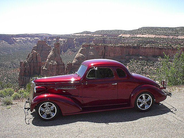 1937 Chevy Coupe. Favorite car, favorite color for that car and I love the wheels!!❤️..el