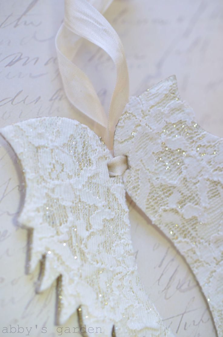 Vintage Lace Wings Ornament #Christmas - This is so pretty!