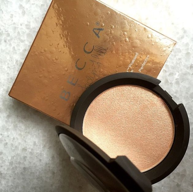 Jaclyn Hill Champagne Pop BECCA limited edition highlighter