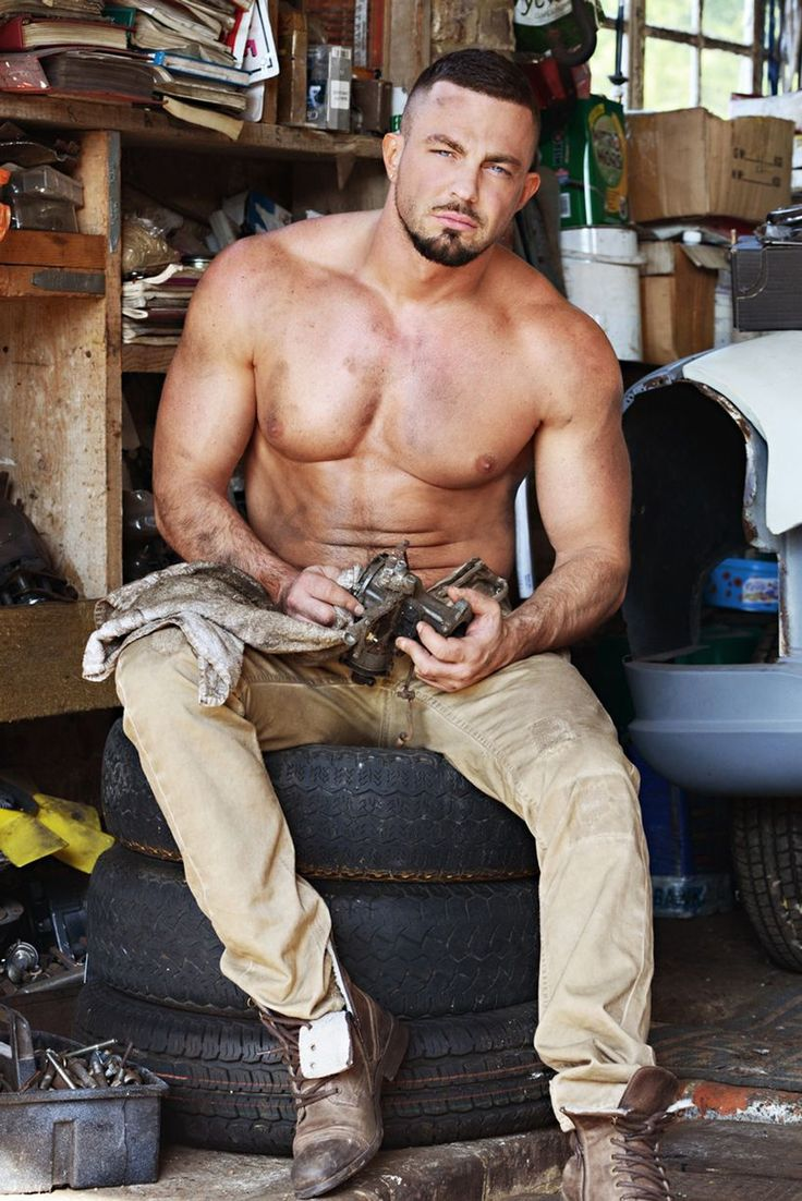 from Vicente naked guy with tool belt