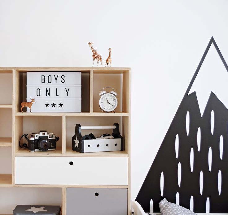 Scandinavian boy's room. Meet our bookcase APEX with colored drawers / Project and execution by Wood Republic / #design #interior #scandi #scandinavian #wood #wooden #plywood #furniture #modern #natural #minimalist #white #grey #vintage #bookcase #drawer #drawers #colored #bureau #chestofdrawers #cabinet #play #kidsroom #kid #kids #teen #room #boy #playground