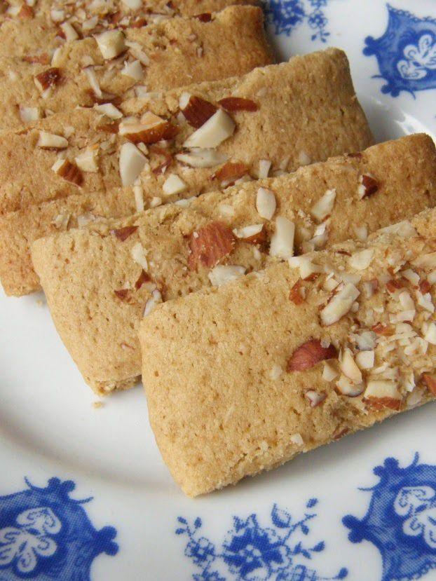 Gluteenittomat suosikkikeksini sekä Evoke -maistiaiset - http://www.etsiresepti.fi/r/gluteenittomat-suosikkikeksini-sek%C3%A4-evoke--maistiaiset-38631922.html