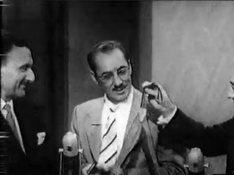 You Bet Your Life #55-13 Dr. Giovanni, the world's greatest pickpocket ('Street', Dec 22, 1955) - YouTube