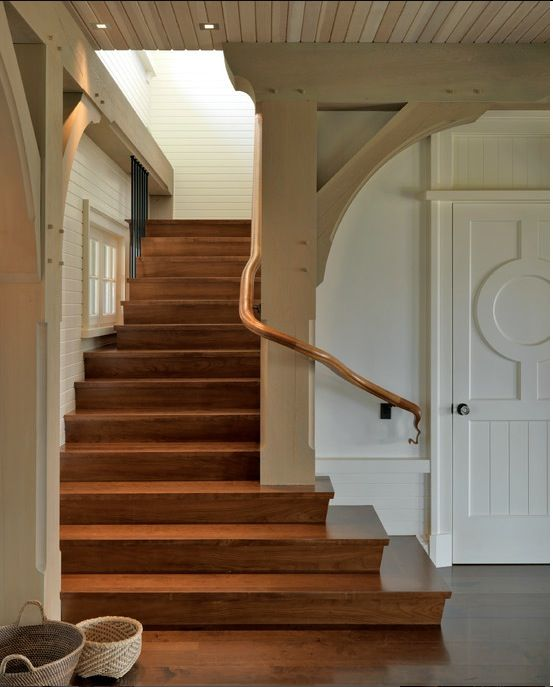 16 Elegant Traditional Staircase Designs That Will Amaze You: 17 Best Images About Things That Are On My Radar On