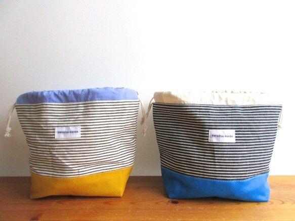 約 タテ16cm(袋口含まず)ヨコ26cm マチ10cm本体:綿裏地:綿*お弁当袋なので底部分の裏地はしっかりした厚めの帆布を使用しました。*1点の価格は28...|ハンドメイド、手作り、手仕事品の通販・販売・購入ならCreema。