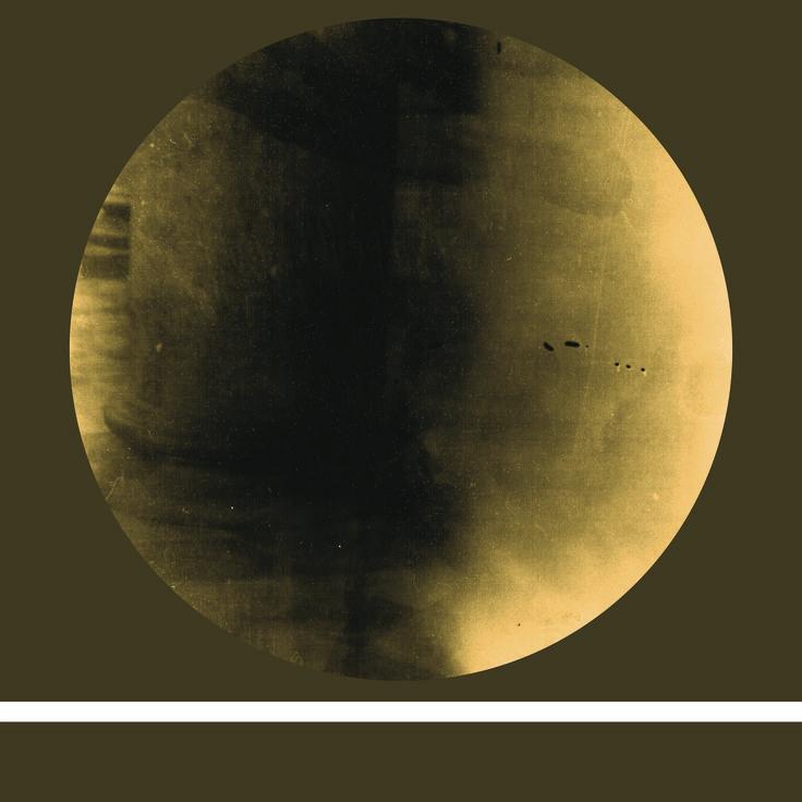 Colonna, tecnica fotografia analogica. Dimensioni: 70x70 cm. Artista: Mattia Paoli.