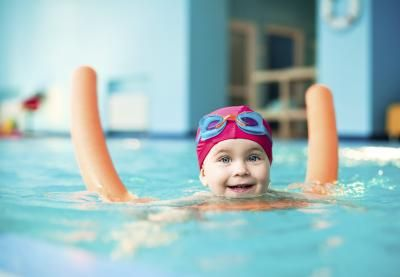 Teaching A Toddler To Swim | LIVESTRONG.COM