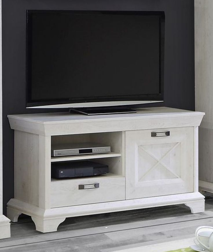 die 25 besten tv lowboard holz ideen auf pinterest tv. Black Bedroom Furniture Sets. Home Design Ideas