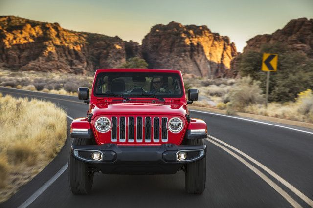 First Drive Review 2020 Jeep Wrangler Ecodiesel Ratchets Up The Power Range And Price Jeep Wrangler Jeep First Drive