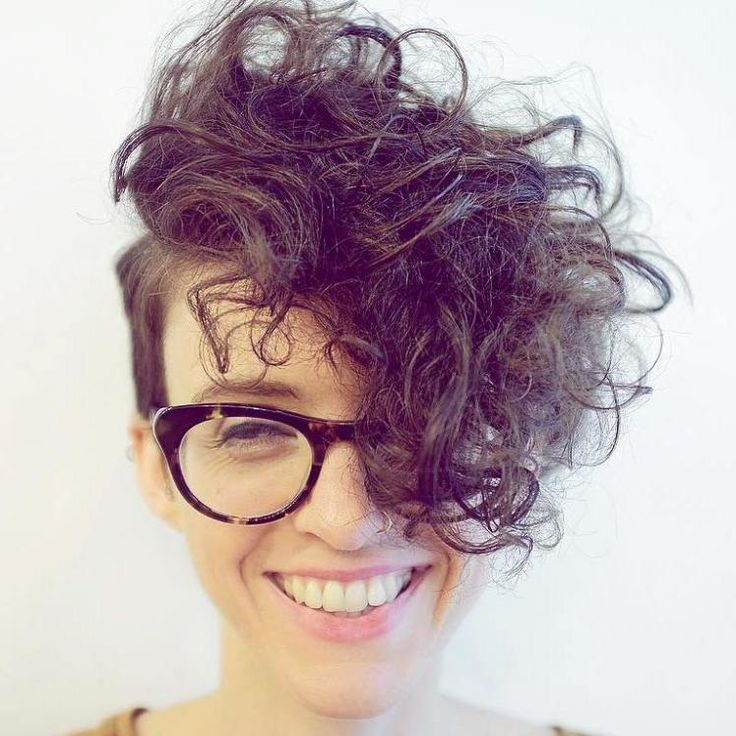 how to style s hair 25 best ideas about curly pixie haircuts on 2536