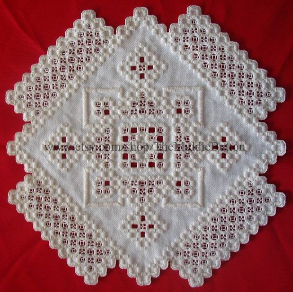 Hardanger Centerpiece  Gloria in Excelsis Deo by TheMiddleButton, $100.00