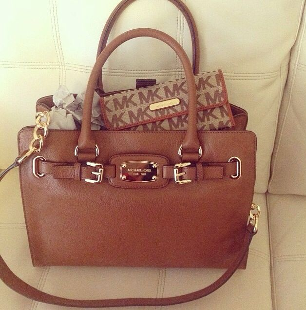 Michael Kors handbag and matching wallet #mk #michaelkors ...