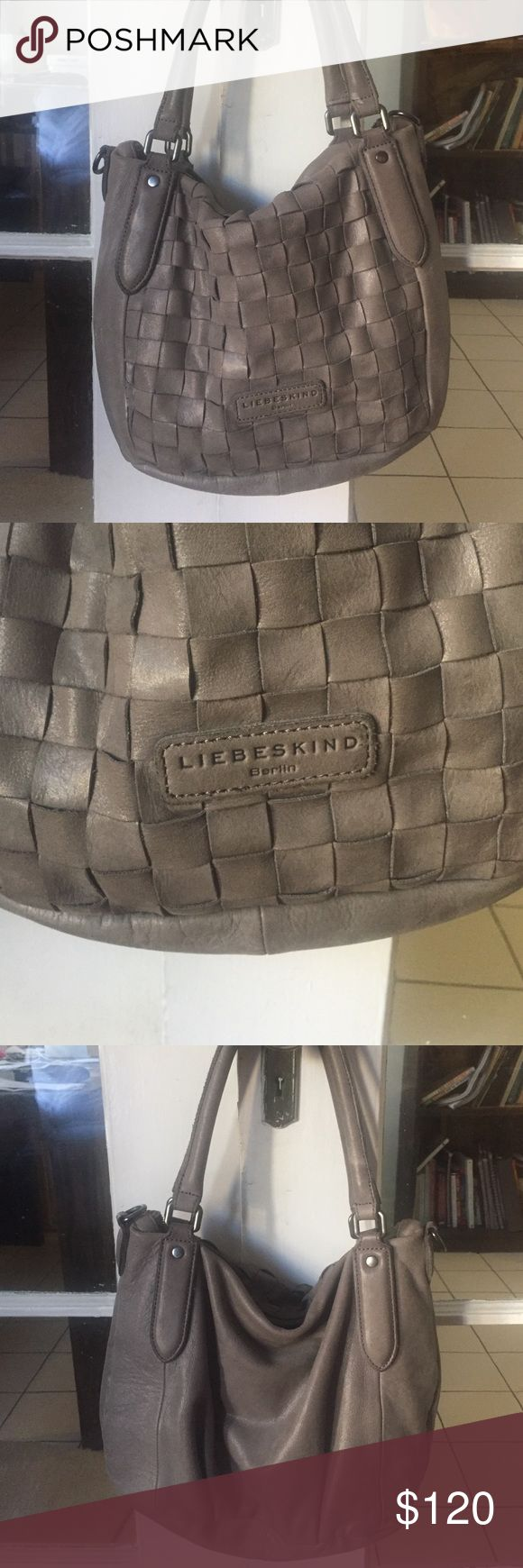 Liebeskind grey purse Hardly used! Great everyday bag. Liebeskind Bags Hobos