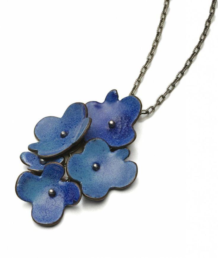 blue flora necklace