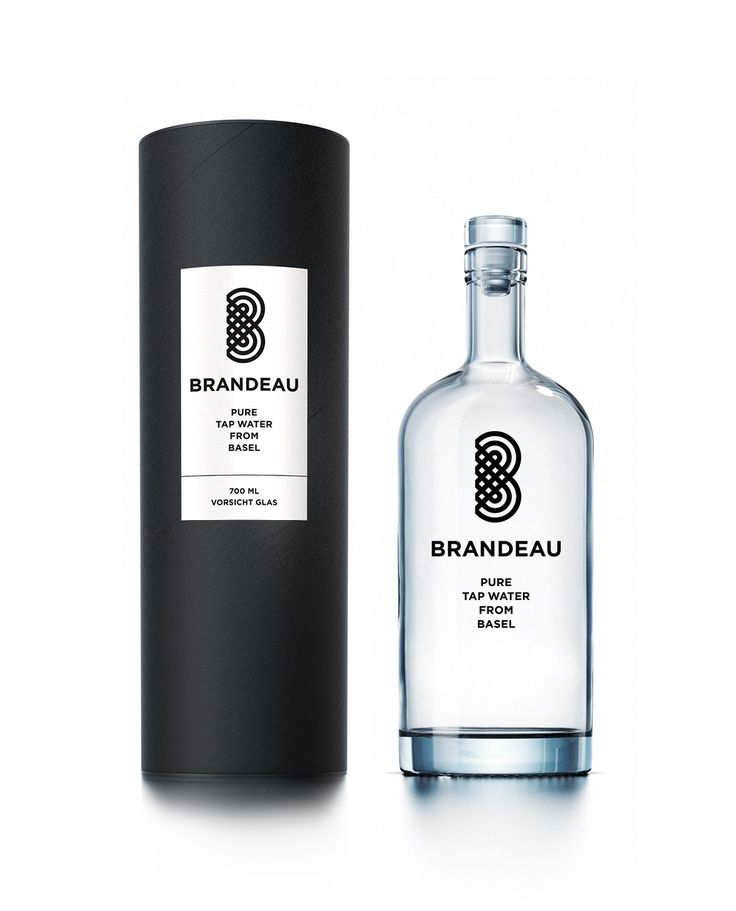 http://www.brandeau.ch I Brandeau – Pure Tap Water from Basel. Stylish swiss glasbottles to refill tap water at home or in the office. #brandeau #brandeaubottles #wasser #water #wasserflasche #wassertrinken #wassergenuss #hahnenwasser #stilleswasser #flasche #karaffe #wasserkaraffe #glasflasche #schweizerwasser #tapbottle #tapwater #bottledesign #design #waterbottledesign #waterbottle #basel #packaging #packagingdesign #verpackung #verpackungsdesign