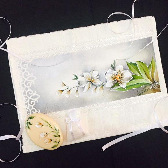 Kit toalha de mao/lavabo pintada a mao