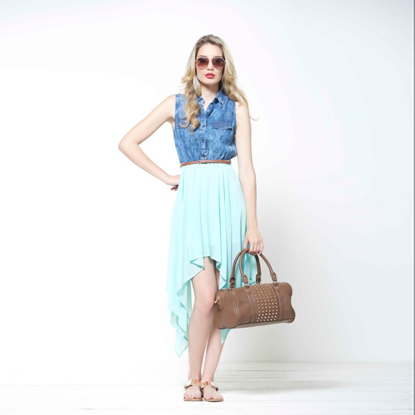 #lookbook #abril www.ela.com.co  GAFASE211885,  VESTIDO E064654 ,BOLSO E211968