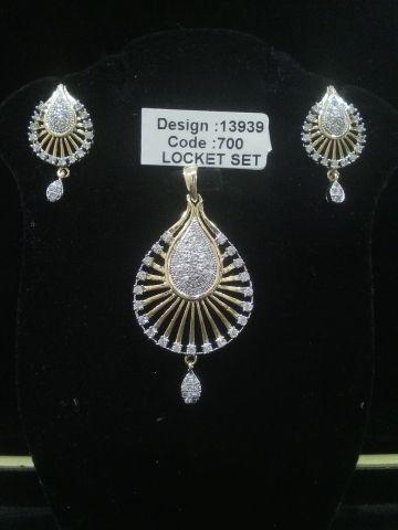 AMERICAN DIAMOND LOCKET SET #Jewellery #Pashminashawls