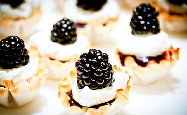 Blackberry Tartlets Recipe - Cooking | Add a Pinch