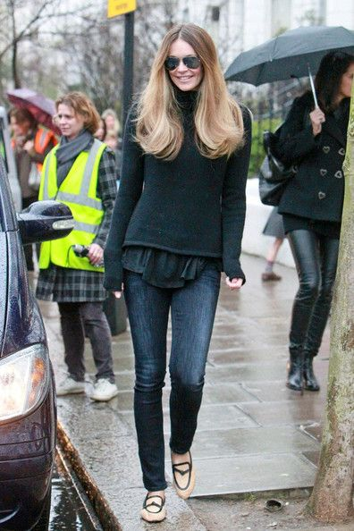Elle MacPherson - Claudia Schiffer and Elle Macpherson in West London 2