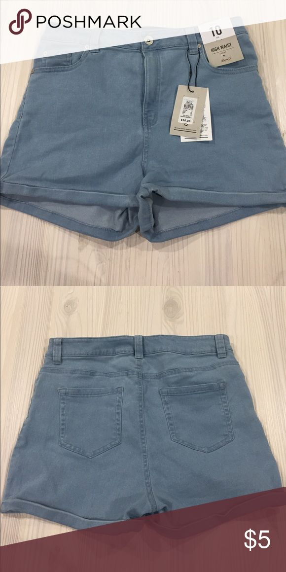 NWT Primark Shorts High waisted jean shorts from Primark. Light wash denim with a good amount of stretch. Waist 15'', length 12.5'', inseam 6'', front seam 7''. 76% cotton, 22% Polyester, 2% elasthanne. Shorts Jean Shorts