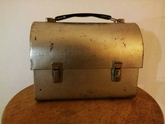 Antique Vintage Rusty Lunch Pail Storage box Lunch box