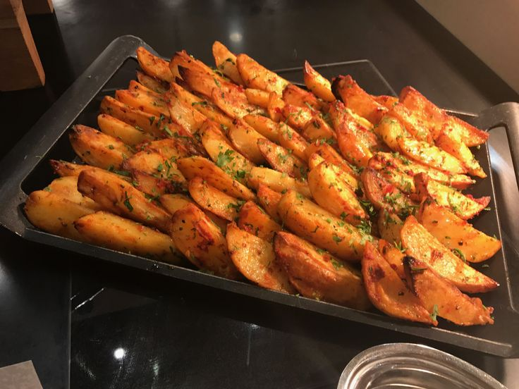 Hot #potato dish! Al Safa #Restaurant at the new Metropolitan #Hotel serves really delicious #Iftar #buffet and amazing #food all year round #foodies go check it out if you're living or going on #holiday to #Dubai