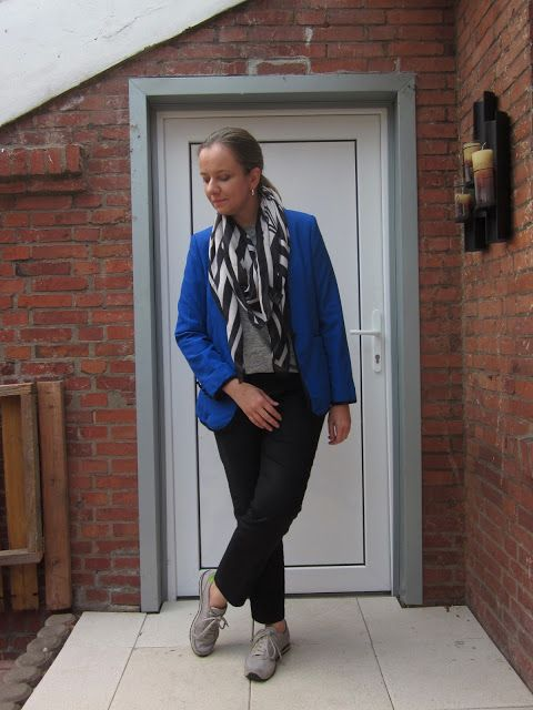 Fashion translated: Outfit: Electric blue Blazer (and I don't even lik...