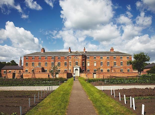 Southwell workhouse, Nottinghamshire © NTPL/Arnhel de Serra