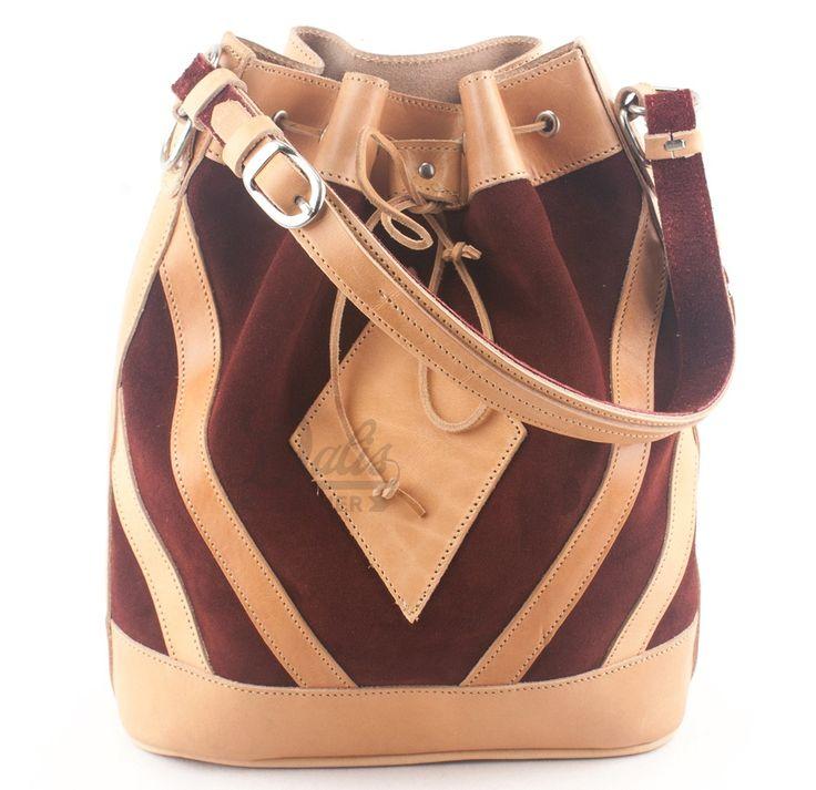 Δερμάτινη Γυναικεία Τσάντα Κούρος, Καστόρι Μπορντό - Δέρμα Φυσικό, Model 527  #handbags #leatherhandbags #leatherbag #bag #handmadebag #womenbags #suedebags #suedehandbags #burgundybags
