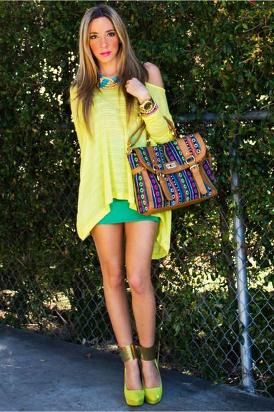 I love how glam this is, while being totally easy to wear Camel-haute-rebellious-bag-lime-green-haute-rebellious-wedges_400