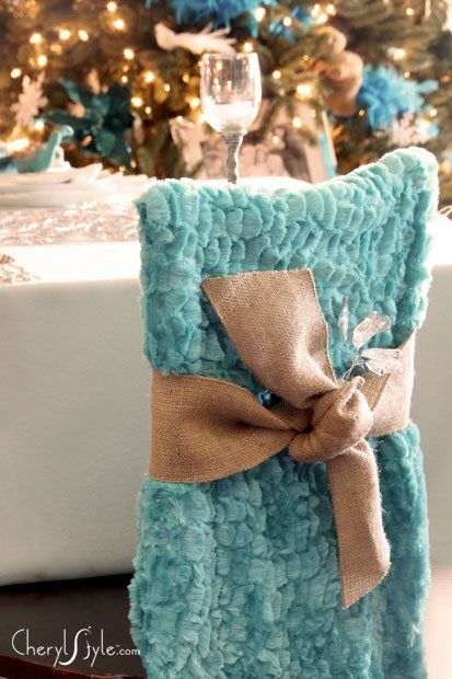 Don't sew? No extra dough? Don't worry! Change your look this holiday with a simple and inexpensive diy chair covers makeover.