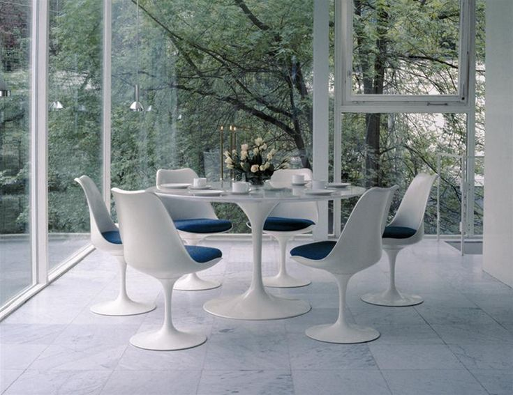 Elegant INFURN:: What A Beautiful Bright Interior! Tulip Chairs Combined With Tulip  Table.