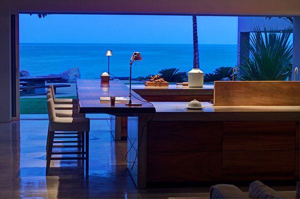 Casa La Punta by Elías Rizo Arquitectos, a Breathtaking Home Blending With the Exotic Landscape.