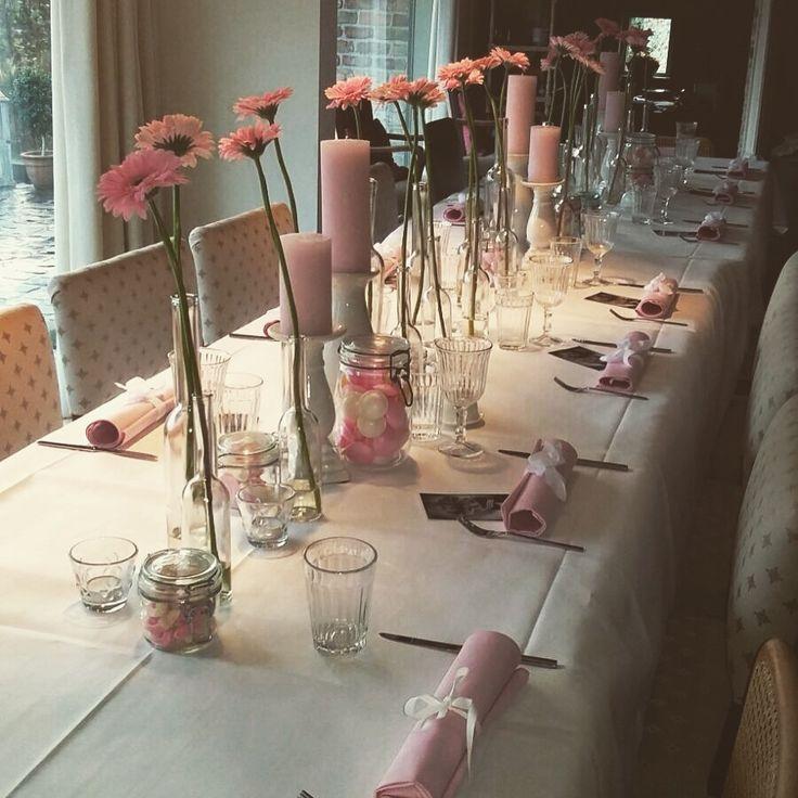 17 beste idee n over tafelversiering op pinterest tabelinstellingen tafel schachten en - Tafel roze kind ...