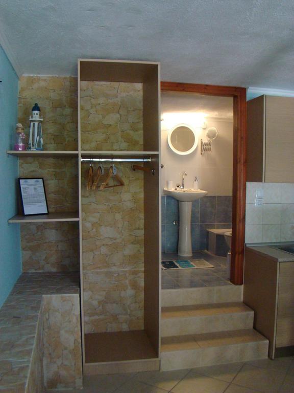 #VillaPavlina #interiordesignideas #roomideas #woodandstone #woodwork #stonework #rockwall #toilet #closetideas