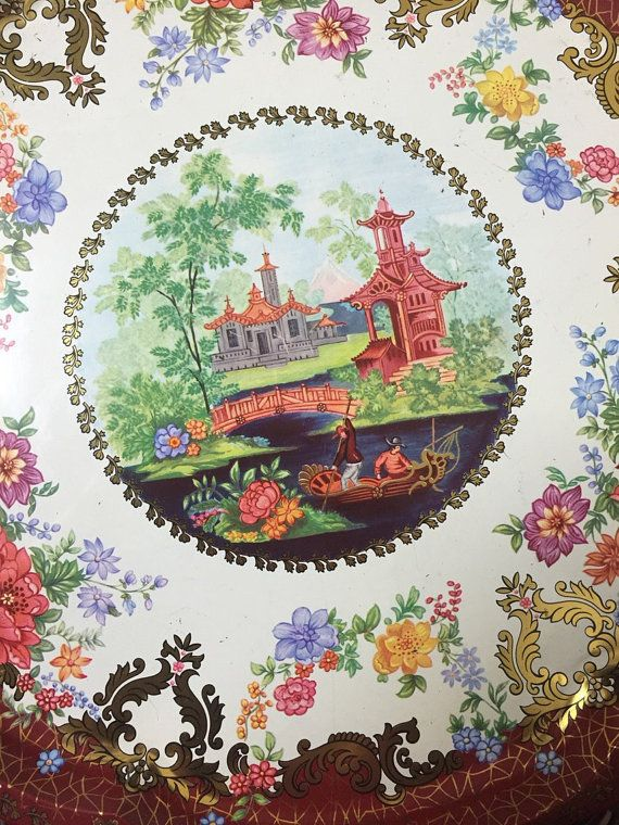#vintage #VogueTeam #EtsyGift Asian Fishing Scene Tray - Daher Decorated Ware - pagoda -fishermen - Asian décor - serving tray - home bar - vanity table décor - England
