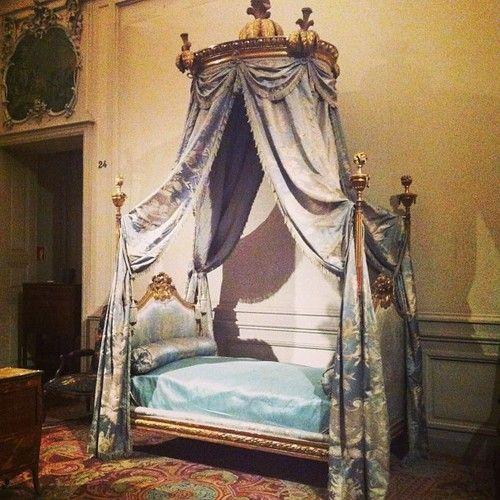 Musee Des Tissues Et Des Arts Decoratifs