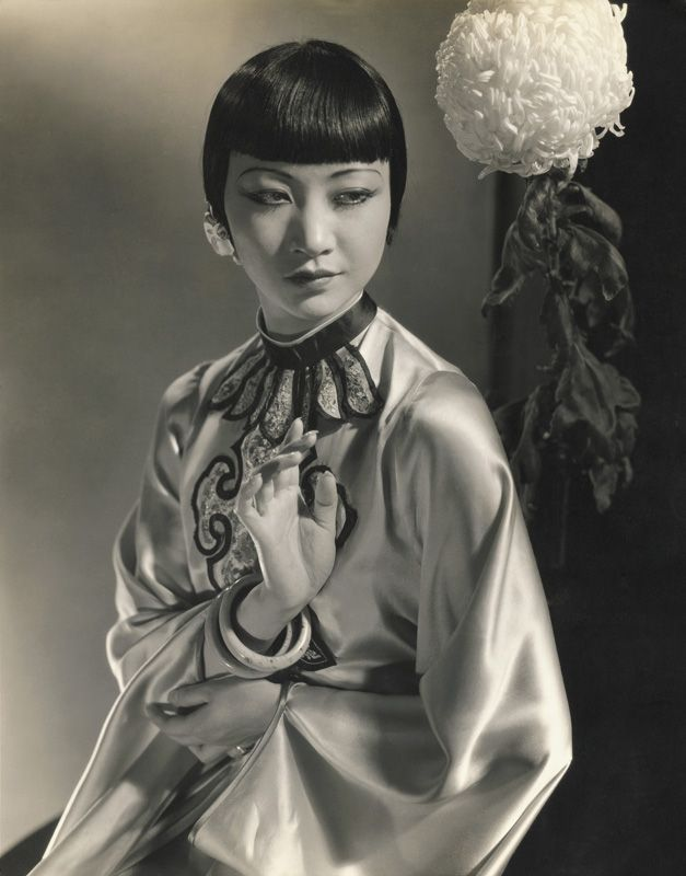 http://www.fep-photo.org/exhibition/edwardsteichenin-high-fashion-1923-1937/