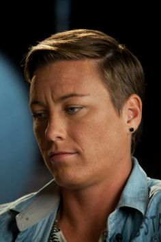 abby wambach background Abby is an amazing,  beautiful  and talanted athlete..  Love her.....